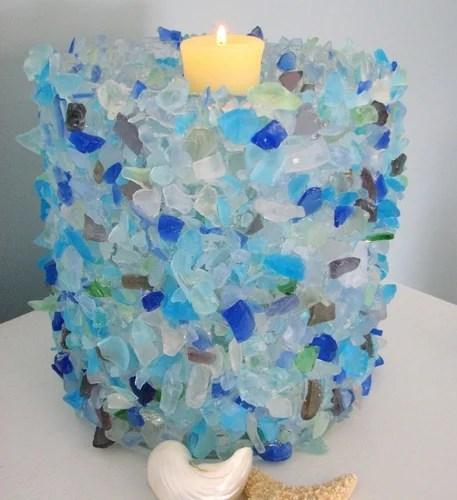 декор из ракушек и обкатанных стекол