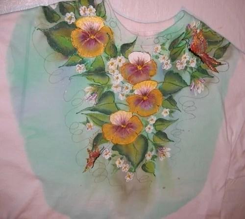 роспись акрилом на одежде цветы бабочки