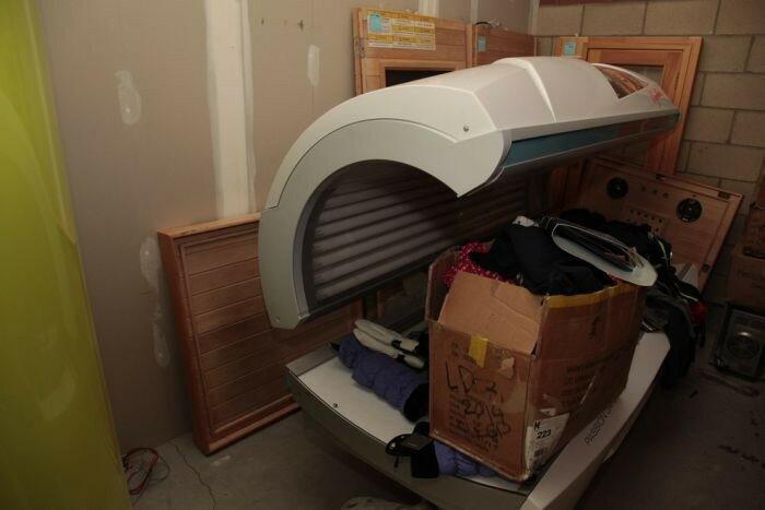 Внушительный склад краденых вещей на полтора миллиона баксов в обычном доме