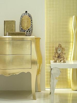 золото в интерьере