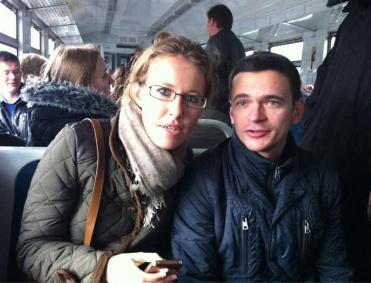 Ксения Собчак прокатилась на электричке