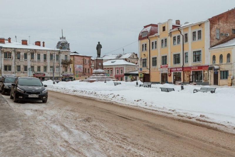 Красная площадь и памятник Ленину, Рыбинск