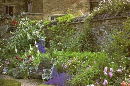 как выбрать скамейку для сада