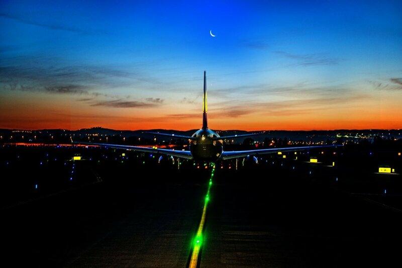 Подготовка к взлету в аэропорту имени Бен-Гуриона, Тель-Авив. Фото: Януш Татарчук, капитан Boeing 737, LOT Polish Airlines