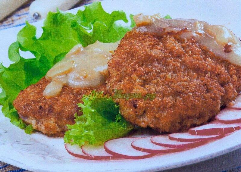 Рыбные тефтели в грибном соусе