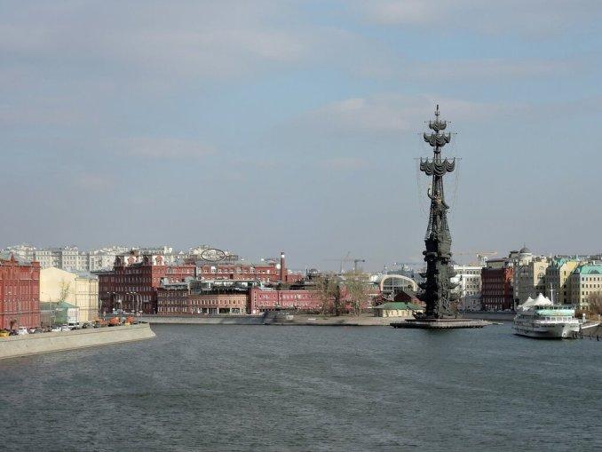 Памятник Петру I З.Церетели