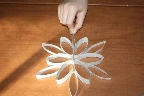 снежинка из бумаги своими руками