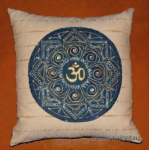вышивка бисером на подушке