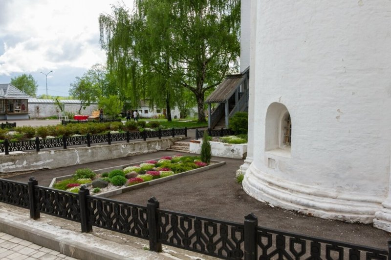 Цветник, Спасо-Преображенский монастырь, Ярославль