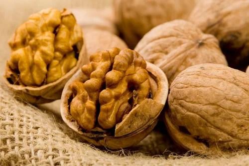 грецкий орех лечит аритмию сердца
