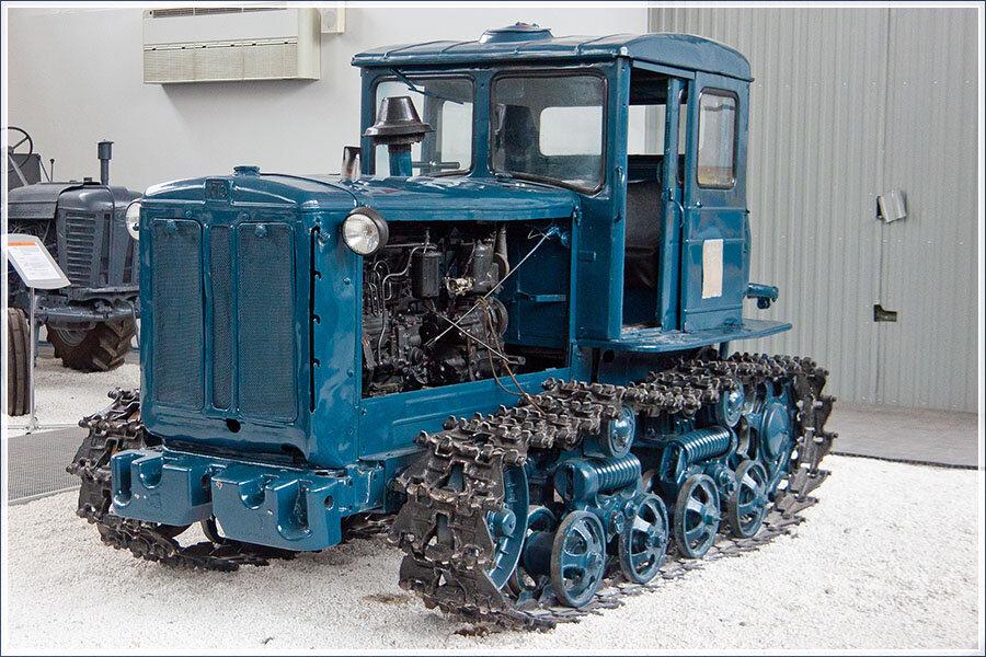 фото немецкие гусеничные трактора текст эмоции пары