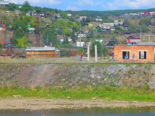Город Усть-Катав, фото поселка со своей трамвайной линией