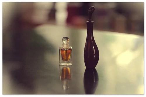 amouage tribute attar, shiseido feminite du bois