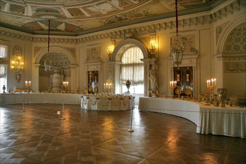 Павловский дворец, Тронный зал