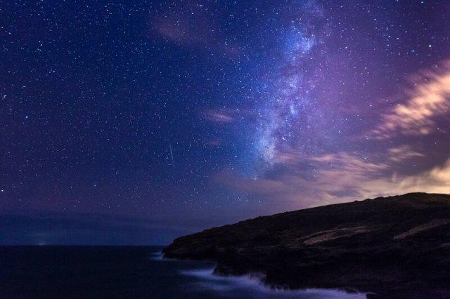Персеиды 2012. Фотографии. В мире продолжается августовский звездопад