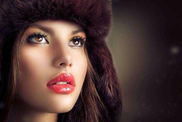 20 женщин с самыми красивыми глазами в истории России