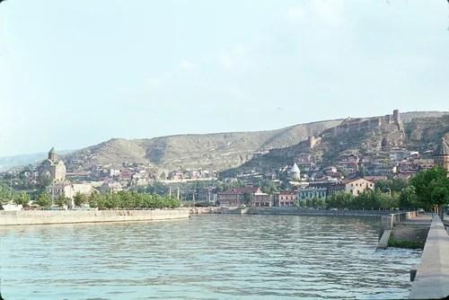 Тбилиси. Река Кура