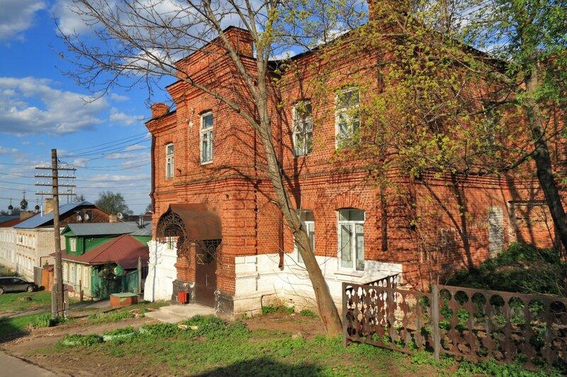Здание бывшей богадельни, Гороховец