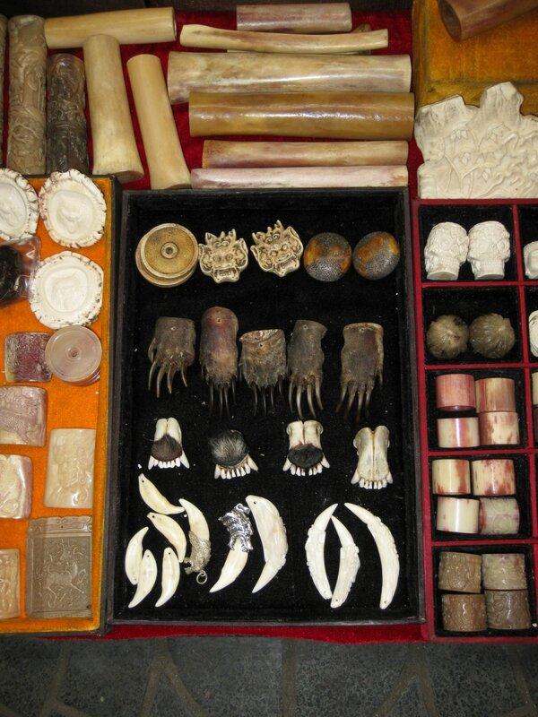 Украшения из кости, рынок Паньцзяюань, Пекин
