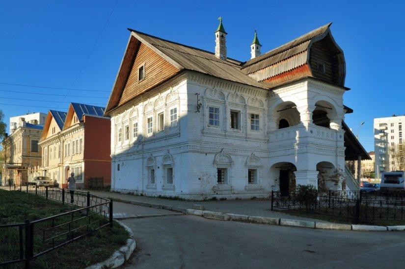 Палаты А.Олисова и застройка по Крутому переулку