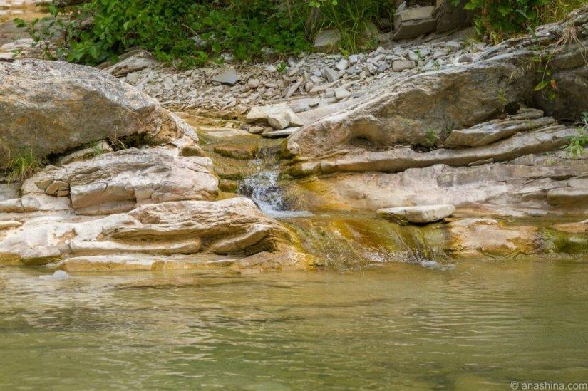 Водопад, река Ачибс, Кавказ