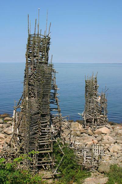 Виртуальное государство. Гимном Ладонии является звук камня, брошенного в воду