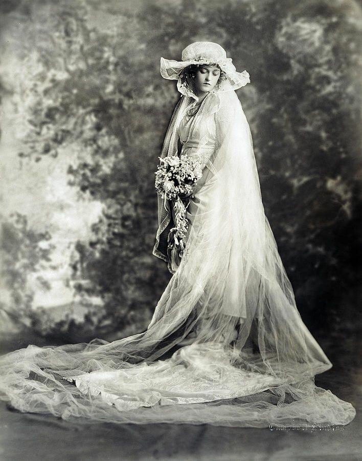 старая невеста картинка любимая привычная
