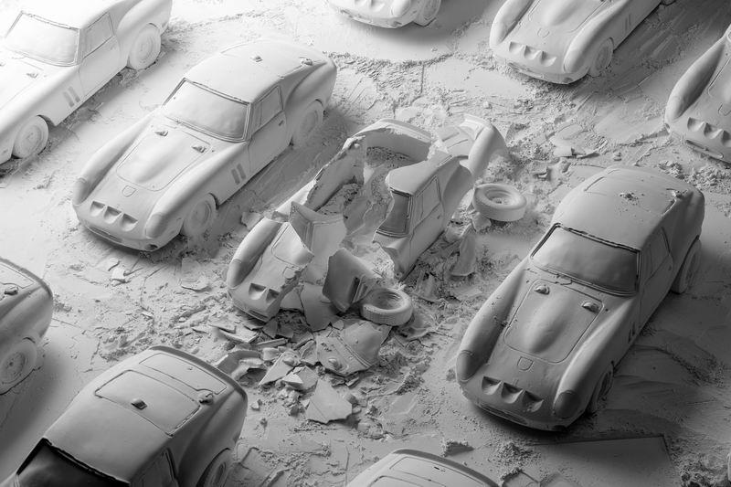 Фотограф Fabian Oefner / Фабиан Офнер. Взрывные циклы: Hatch и Disintegration