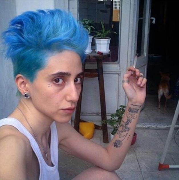 Против шариата: экстремальные прически, макияж и пирсинг иранских девушек