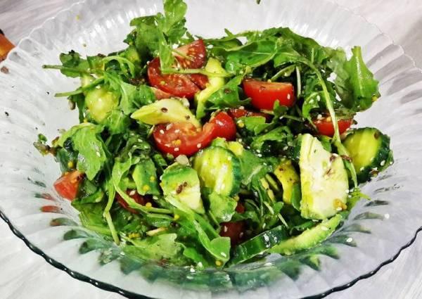 Салат с авокадо и рукколой - пошаговый рецепт с фото ...