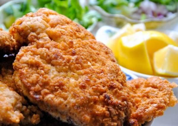 Шницель из свинины на сковороде - пошаговый рецепт с фото ...