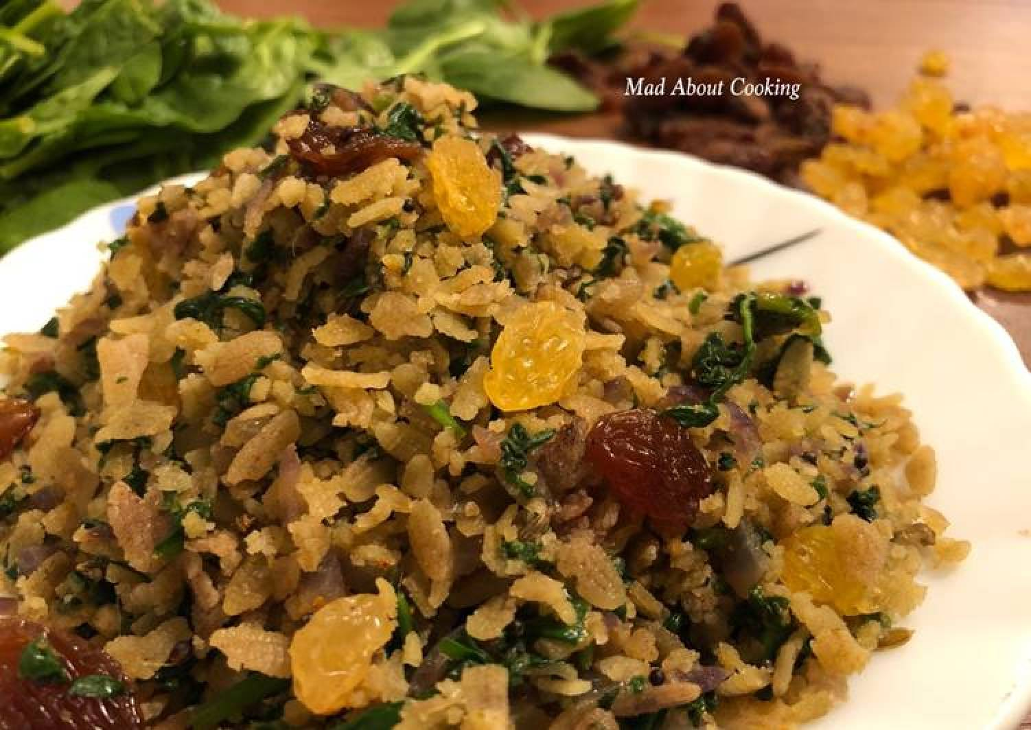 Spinach Red Poha – Iron Rich Breakfast Recipe
