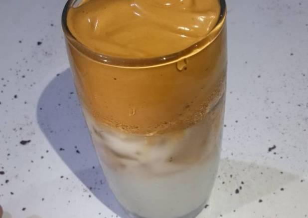 51. Dalgona coffe ala tan