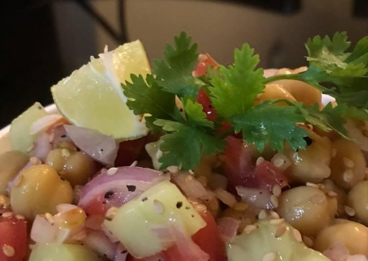 Chickpeas Green Salad
