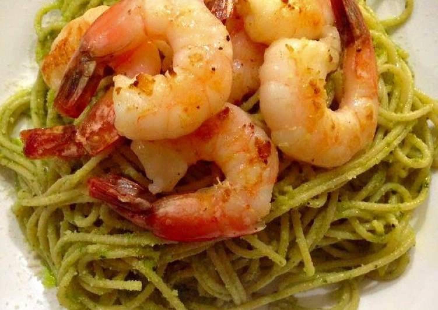 Prawn Pesto Spaghetti