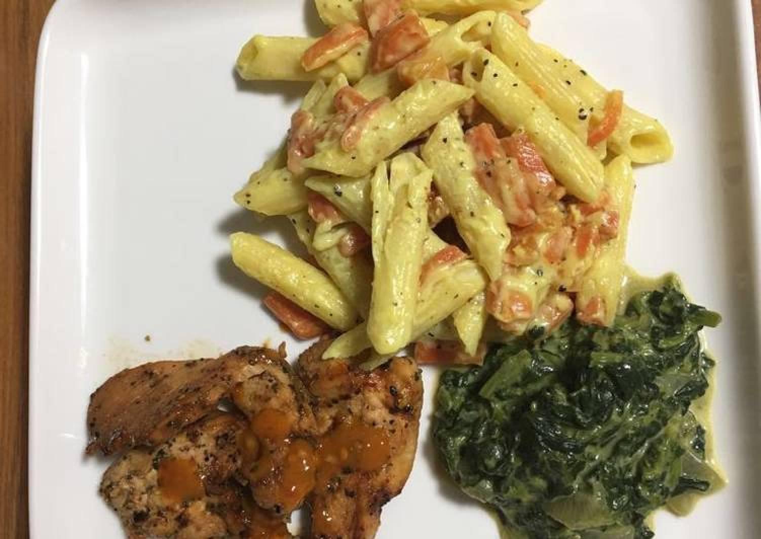 Pipe Rigate pasta on bechamel sauce