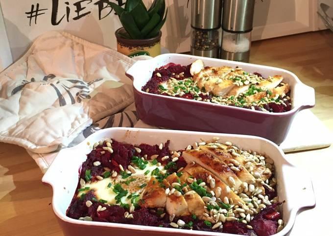 Schritte Um Perfekte Rote Bete Schakschuka (mit Hähnchenbrust und Ei) zuzubereiten
