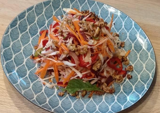Schritt für Schritt Anleitung Um Jamie Oliver Bunter Rohkost Salat - mit Ingwerdressing zu machen