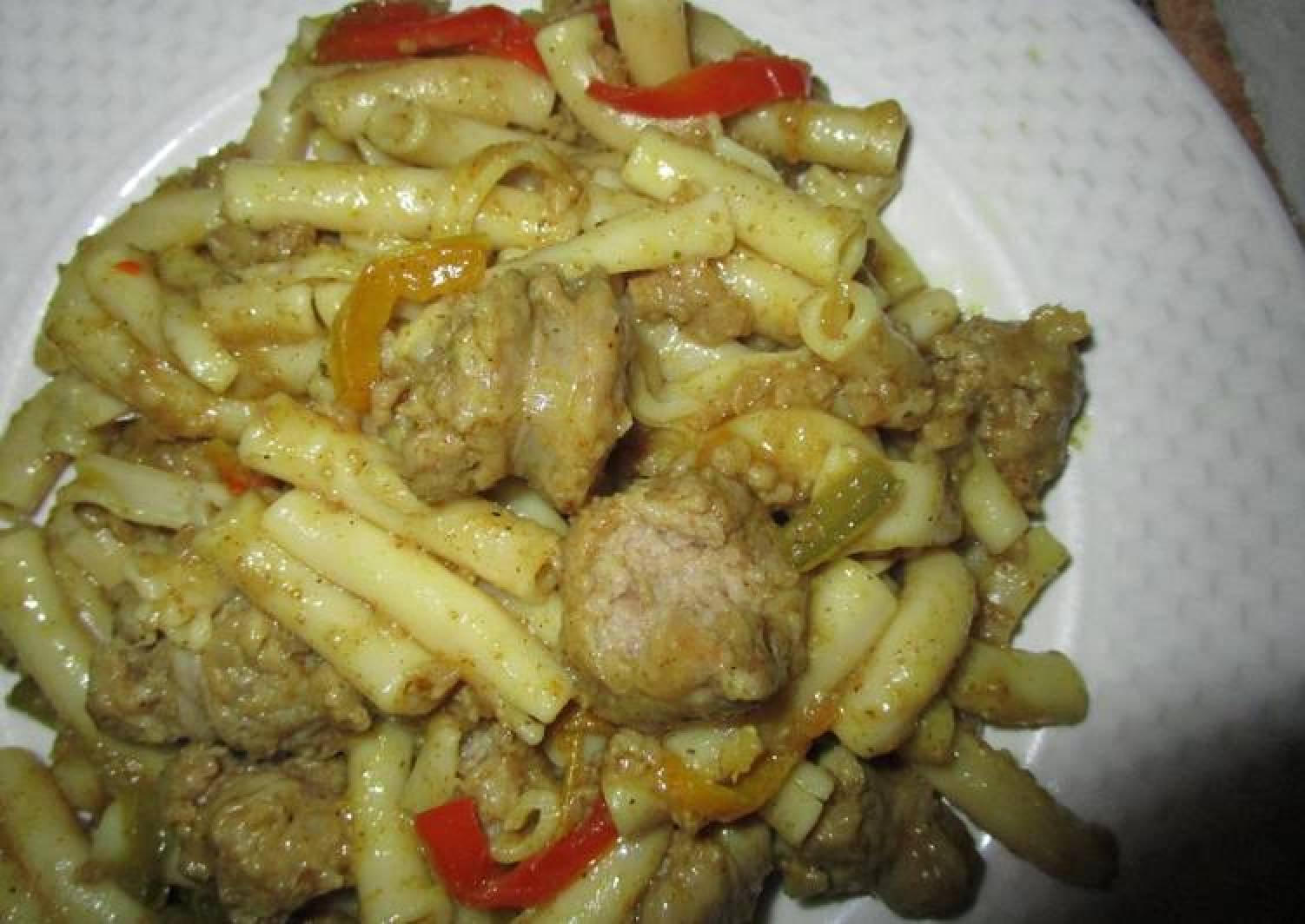 Macaroni & Pork