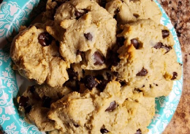 Sugar Free, Gluten Free, Vegan, Cashew flour Choc. Chip Cookies