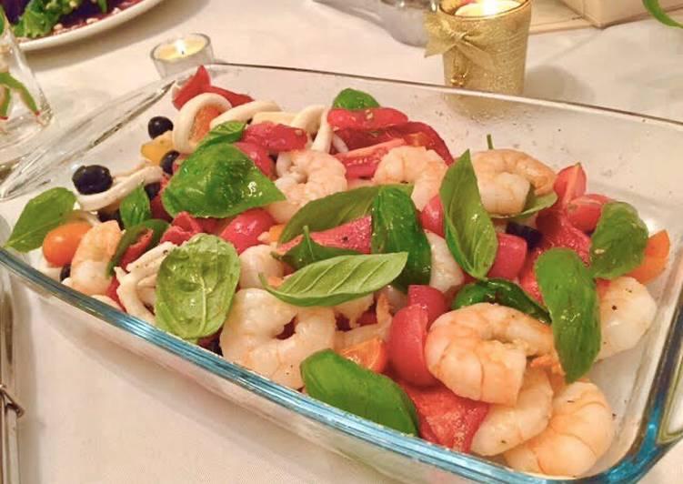 Shrimp and squid salad