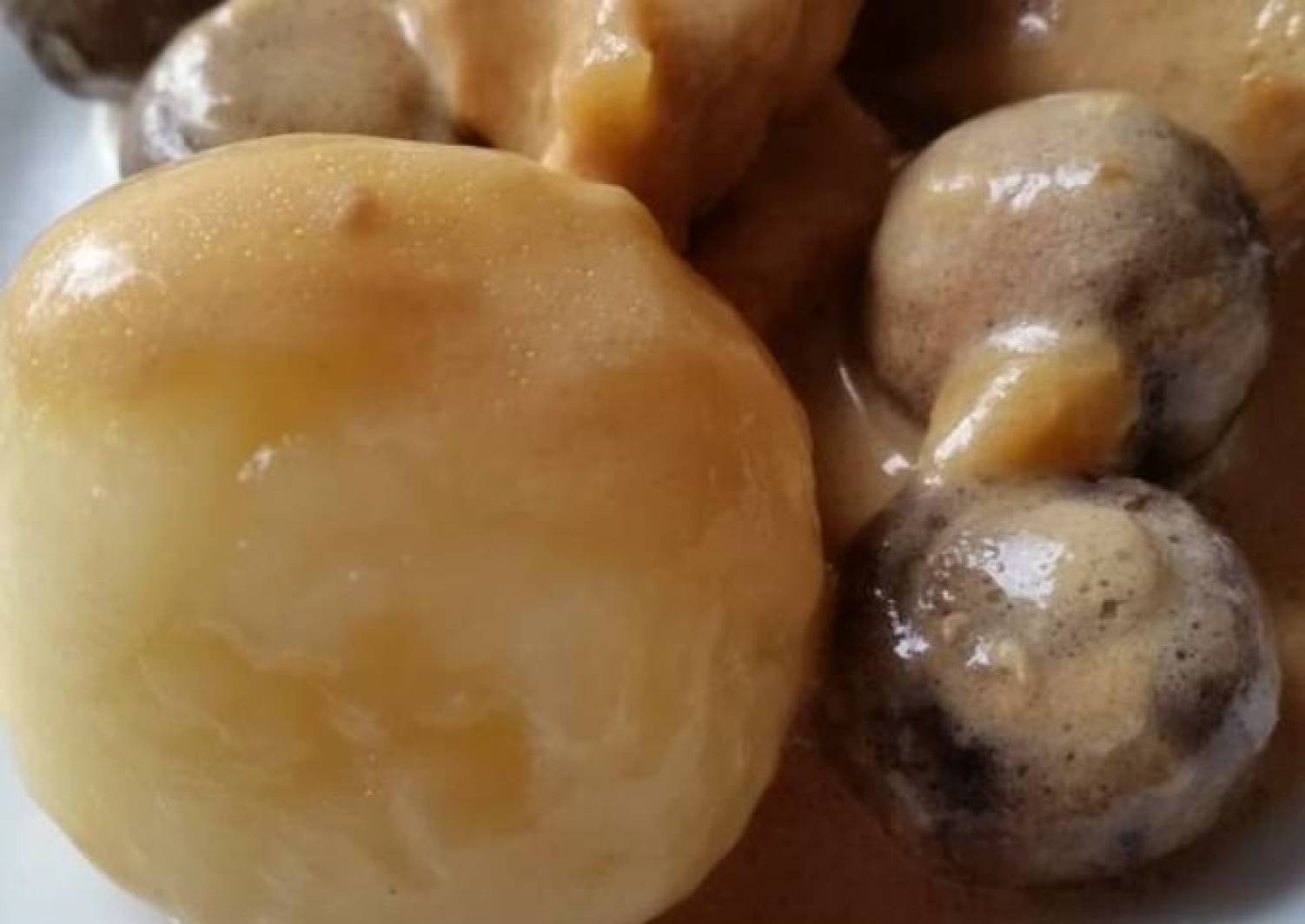 """Klassische Kartoffelklöße - """"Polnische Kluski"""" mit Hähnchenfilet"""