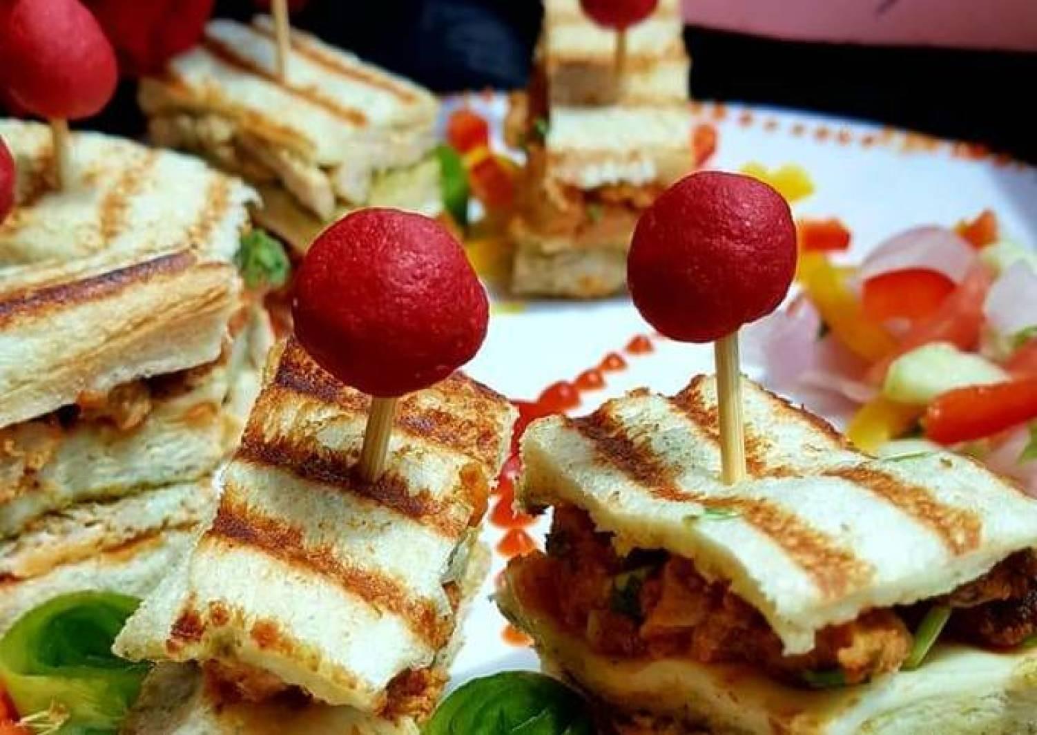 CHICKEN Tikkah Club sandwiches