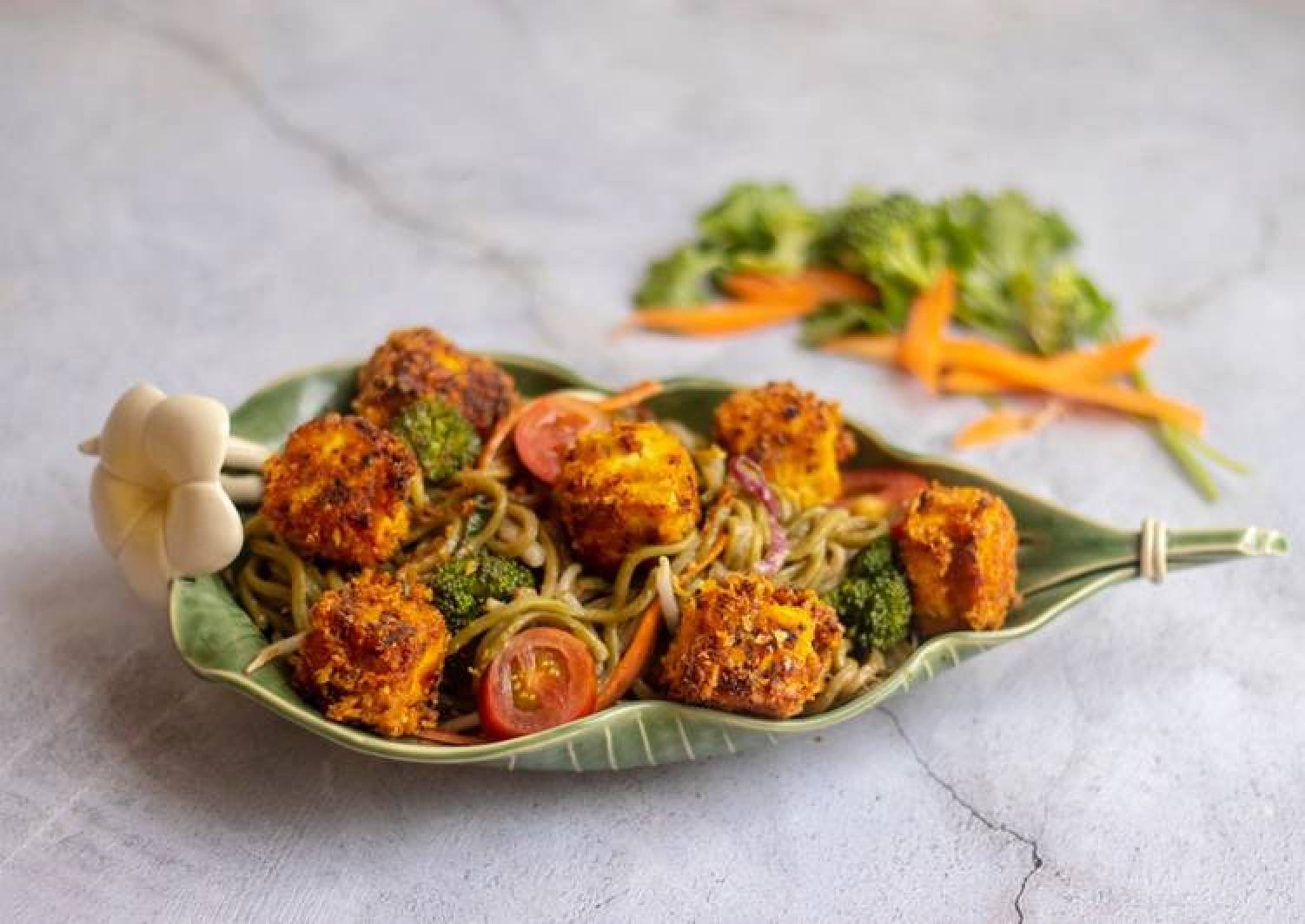 Pea noodle Stir fried with crispy mustard and turmeric tofu