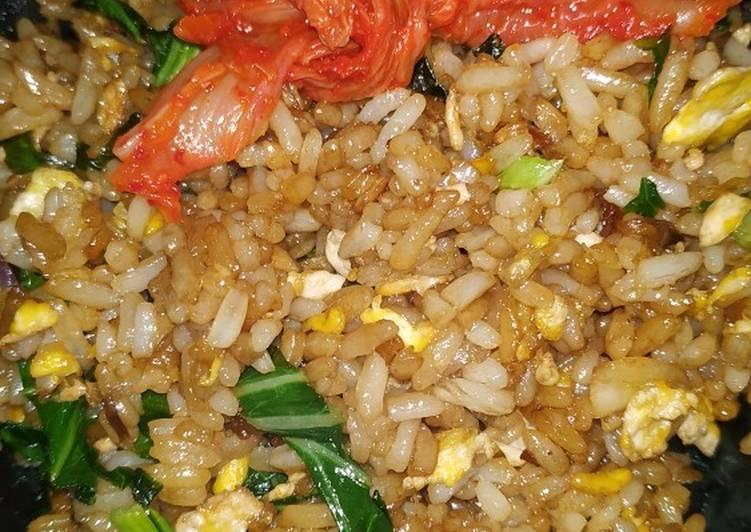 Nasi Goreng Kecap Bawang Putih Enak ala Abang2 Simpel