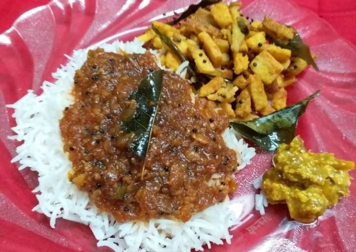 Kerala Style Spicy & Tangy Inji Curry