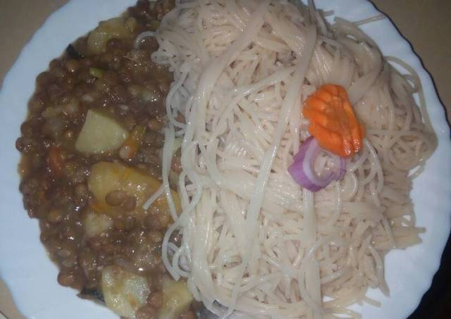 Spaghetti with kamande stew
