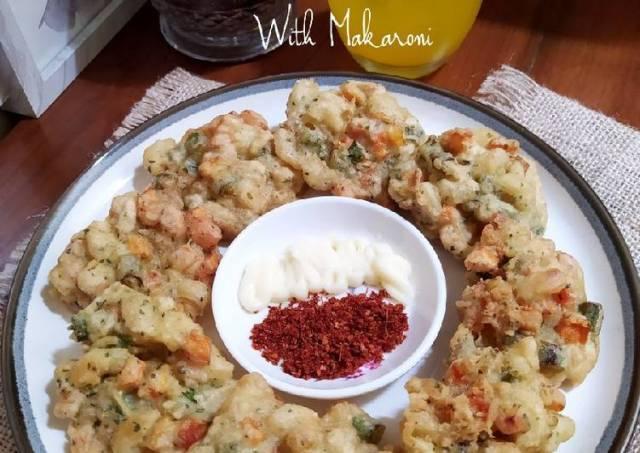 Bakwan Wortel Buncis with Makaroni