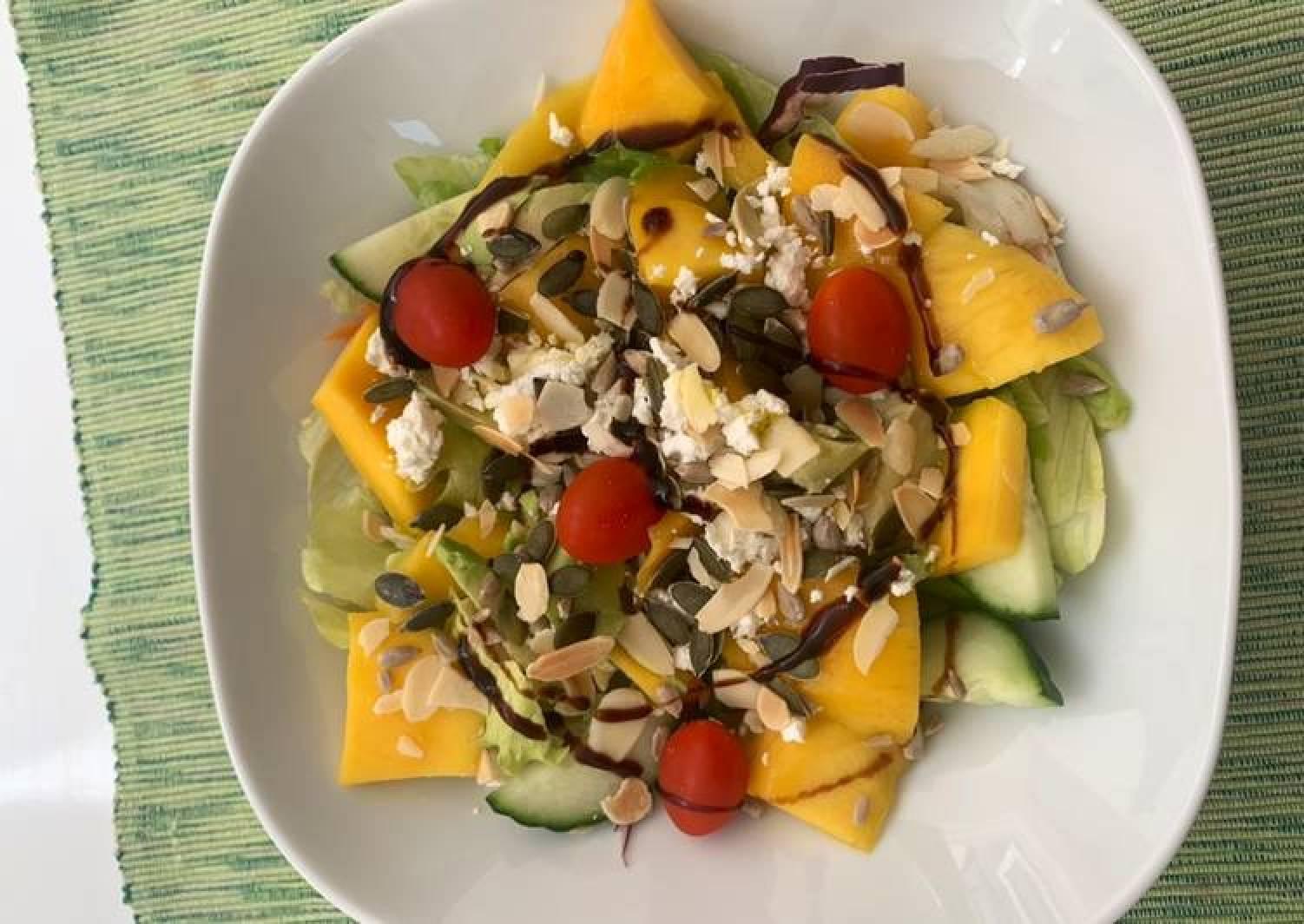 Mango, Feta and seeds salad