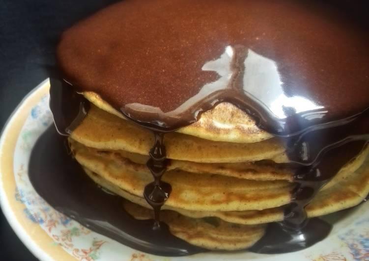Apple Pie Spice Pancakes With Chocolate Drizzle authormarathon